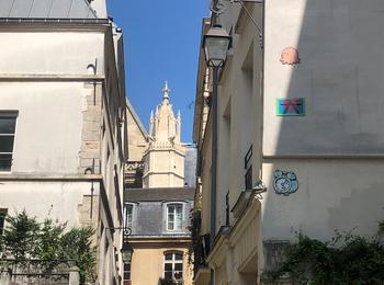 Marais street art