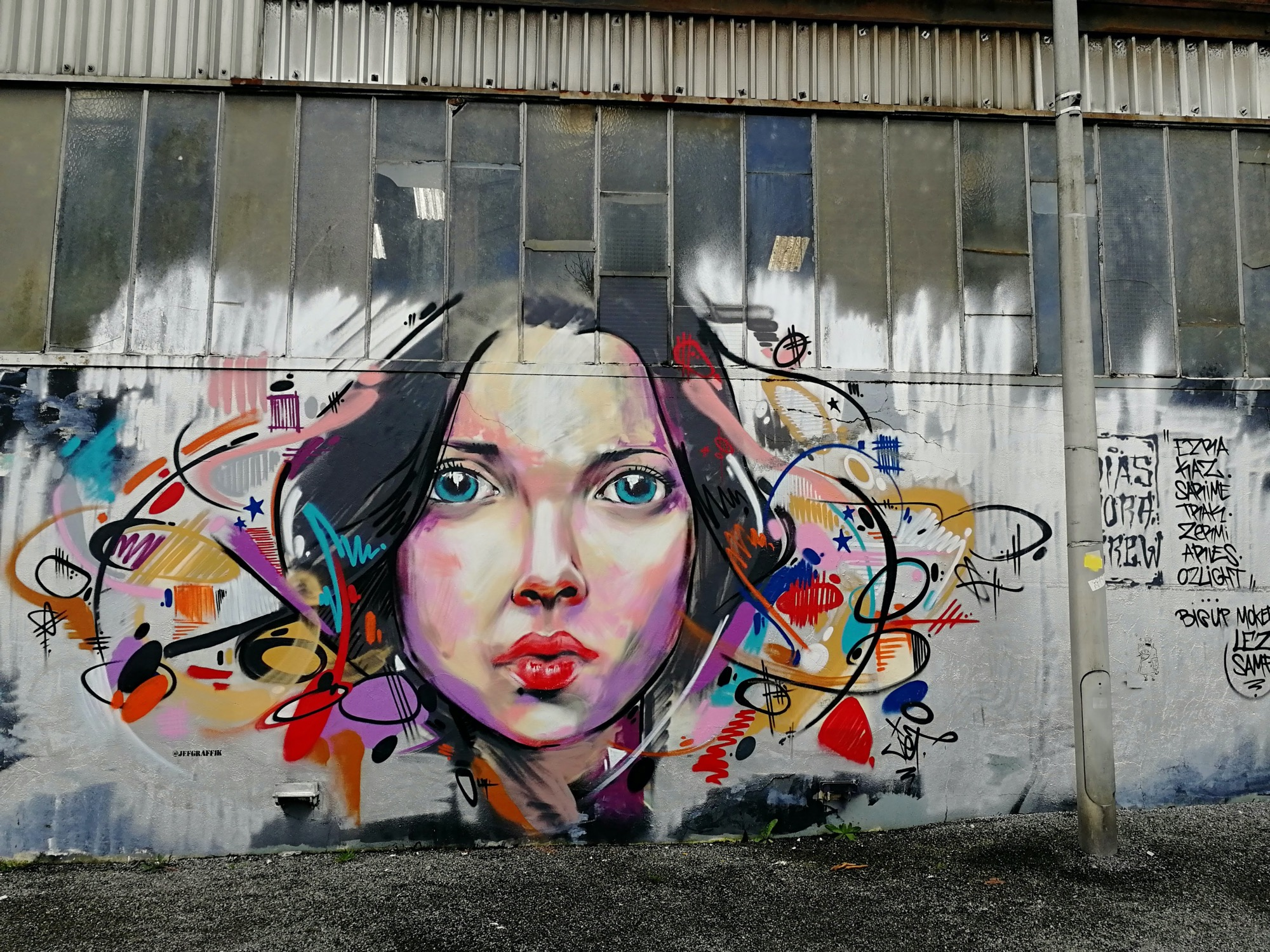 Redon, Breton capital of streetart / Jef